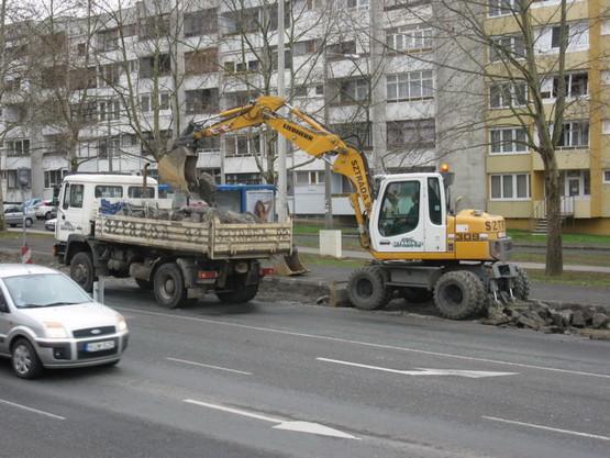 Pécs buszmegálló02