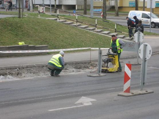 Pécs buszmegálló03