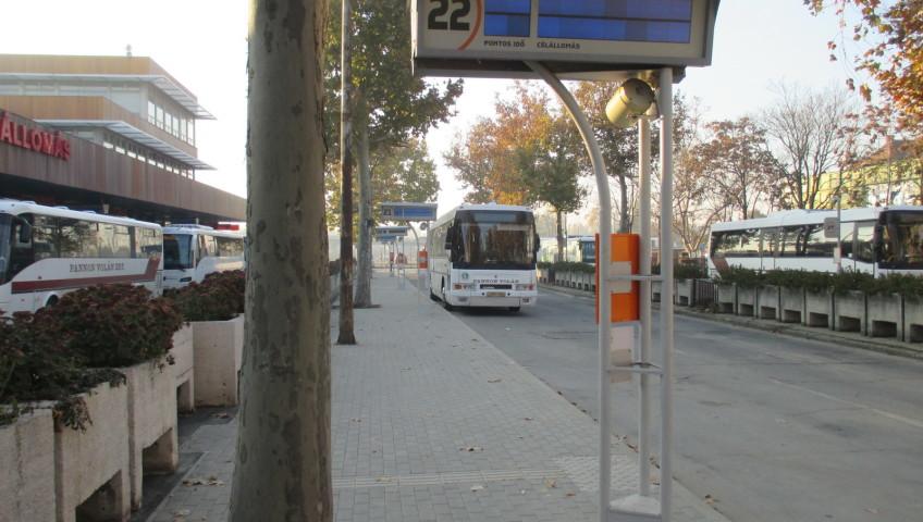 Busz09